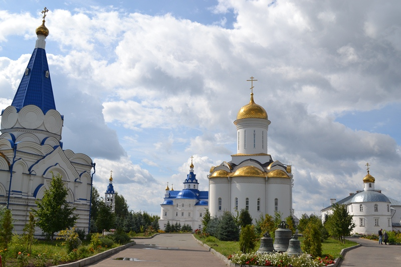 Свято-Успенский-Зилантов-монастырь